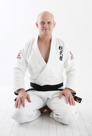 chris-sensei-seiza-cropped